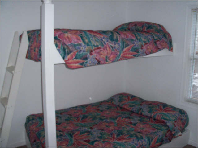 Butterfish Cove Apartments Bedroom